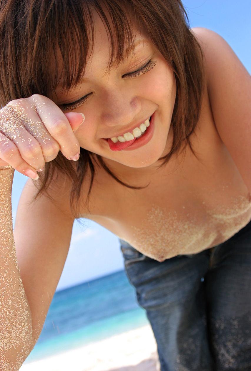 ちっぱいフェチ!貧乳な女の子のエロ画像!!はだけた浴衣から見えるきれいな乳首や、くびれがエロい女の子の貧乳が好きすぎる