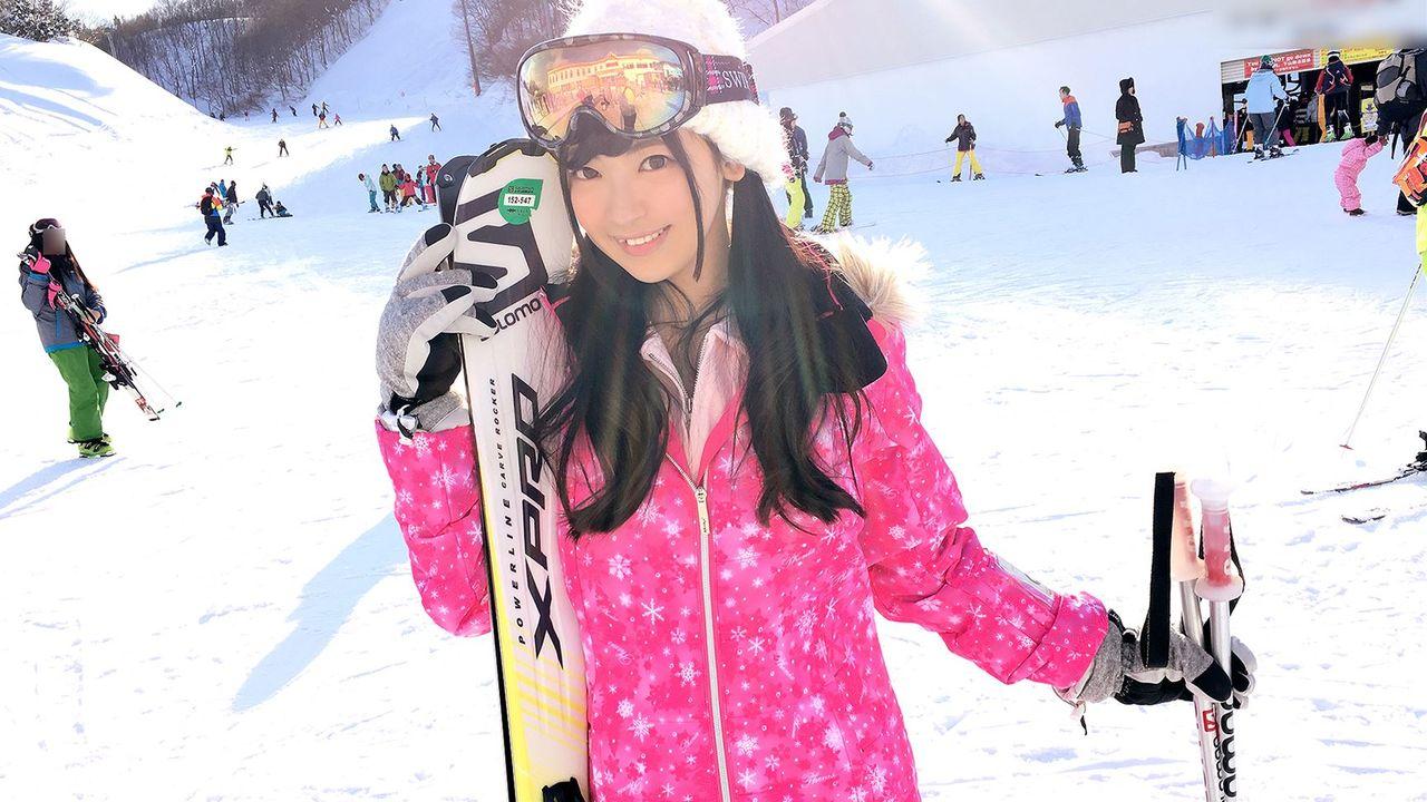 湯沢のスキー場でロリ可愛い20歳の女の子をナンパGET!!従順で何でも言うこと聞くので濃厚セックスしてやったハメ撮りエロ画像